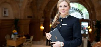 Quy tắc ứng xử của nhân viên lễ tân với khách du lịch nước ngoài